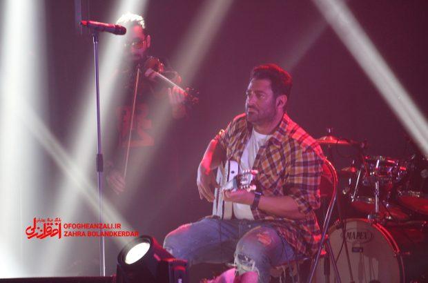 گزارش تصویری کنسرت رضا گلزار در منطقه آزاد انزلی